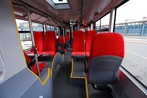 Autobusy příměstské dopravy v Praze podle nových pravidel Ropidu