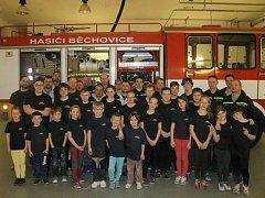 Sbor dobrovolných hasičů v Běchovicích připravuje děti na požární sport.
