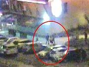 Rvačka dvou opilců v pražských Řepích vyústila v napadení strážníka