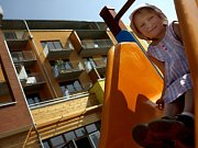 TOMU DALI, TOMU NE... Zatímco malých dětí je v Praze čím dál více, míst ve školkách přibývá jen pomalu./Ilustrační foto
