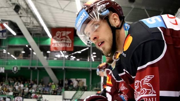 Sparťanský hokejista Jan Buchtele.