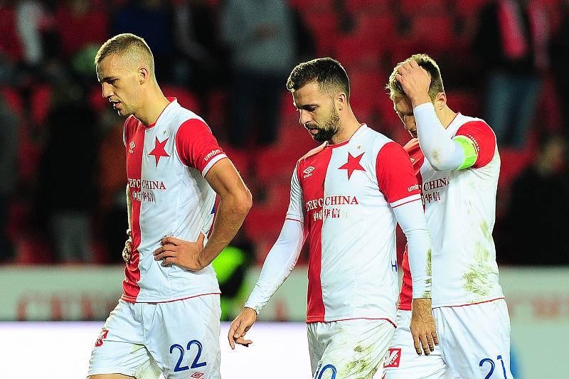 Hráči Slavie.  Zleva Tomáš Souček, Josef Hušbauer a Milan Škoda.