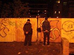 Sprejeři zadržení nedaleko parku Willyho Brandta v Praze.
