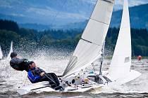 Milan Čáp se svým parťákem při zdolávání větru a vody.
