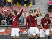 Po sedmnácti letech nastoupil Tomáš Rosický v základní sestavě Sparty a po sedmnácti letech vsítil v jejím dresu gól.