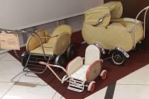 Výstava Svět kočárků bude v pasážích obchodního centra v Ruzyni k vidění až do 2. listopadu 2014.