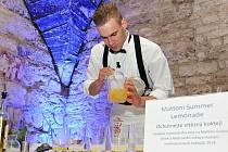 Milan Zaleš - český vítěz nominačního kola Mistrovství světa v míchání nealkoholických koktejlů – Mattoni Grand Drink 2014.