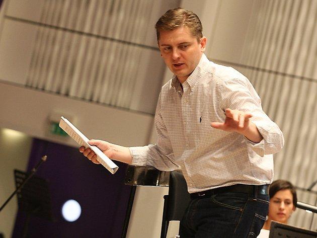 Dirigent Jan Kučera.