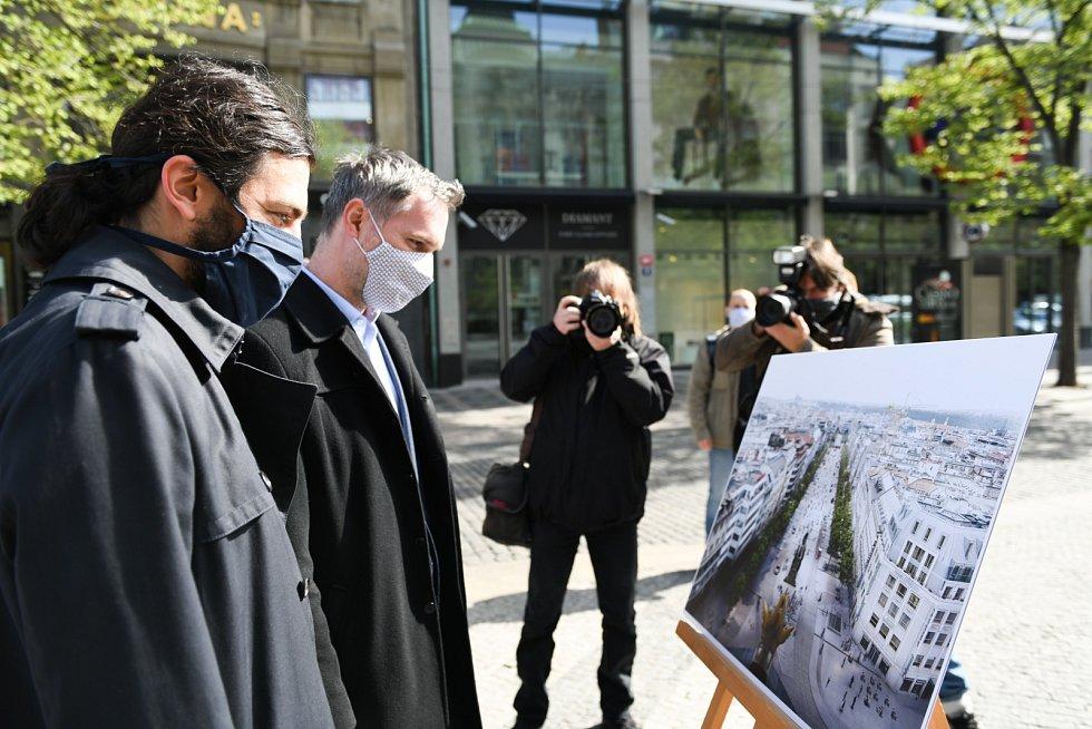 Na Václavském náměstí začala dlouho očekávaná celková rekonstrukce. Dokončena bude v roce 2025.