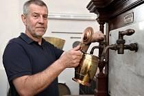 Petr Janík si splnil sen. Na Břevnově znovuobnovil nejstarší pivovar v Česku.