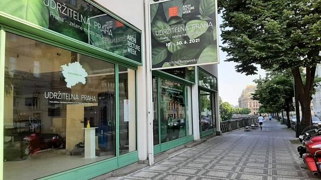 Výstava Udržitelná Praha 2021 v Galerii Mánes.