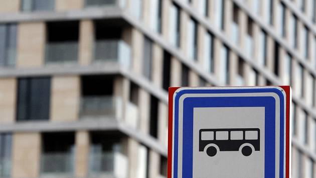 Autobusová zastávka. Ilustrační foto.