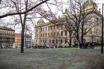 Čelakovského sady u Národního muzea v Praze prošly revitalizací.