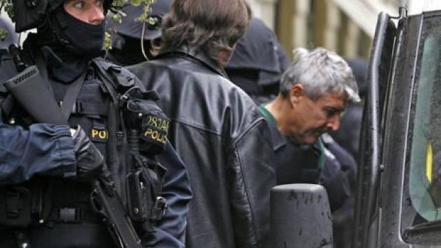 ZŮSTÁVÁ VE VAZBĚ. V rozhodování o propuštění z vazby Ďuričkovi přitížily jeho výroky do médií.