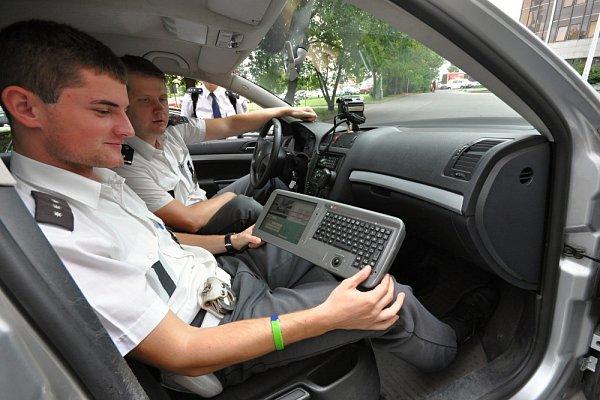 Zařízení kvyhledávání kradených vozidel Look system.
