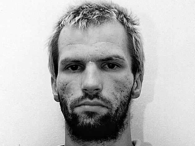 Odsouzený narkoman. I když odmítl vypovídat, kriminalisté soudu předložili řadu usvědčujících důkazů.
