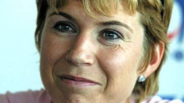 Kateřina Neumannová se teď vrácí k divákům v jiné roli, coby moderátorka.