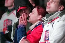 Fanoušci v Olympijském park Letná při hokejovém zápase Česka a Slovenska