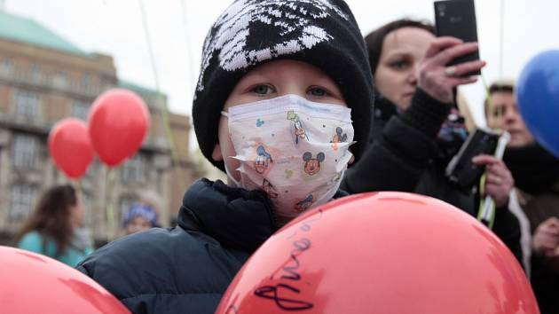 Den dětské onkologie 15. února na náměstí Jana Palacha.