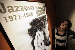 V 70. a 80. letech minulého století fungovalo v Československu několik významných svobodomyslných nezávislých proudů (např. Charta 77). Důležité místo v širokém spektru kultury zaujímala i Jazzová sekce.