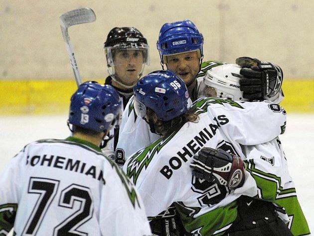 Lídr přeboru. Hokejisté Bohemians se radují, vládnou tabulce pražského přeboru.