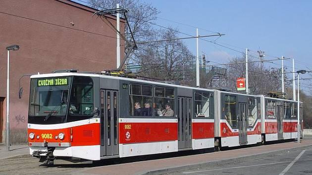 Tramvaj KT8N2