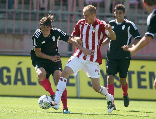 Fotbalisté Žižkova porazili Čáslav 1:0 a s plným počtem bodů kralují druhé lize.