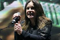 Pražský koncert skupiny Black Sabbath.