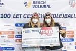 Ženské beachvolejbalové jedničky Nausch Sluková s Hermannovou už mají letenky do Tokia jisté.