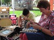 Farmářské trhy na náměstí Jiřího z Poděbrad patřily hlavně česneku.