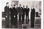 PhDr. Vojmír Srdečný  na návštěvě u prezidenta E. Beneše v roce 1946 spolu s delegací studentů postižených represemi 17. 11. 1939 (druhý zprava).