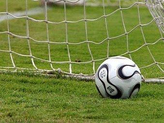 PRVNÍ VÍTĚZSTVÍ. Fotbalisté Štětí vyválčili na pražském Royal Cupu tři body./Ilustrační foto