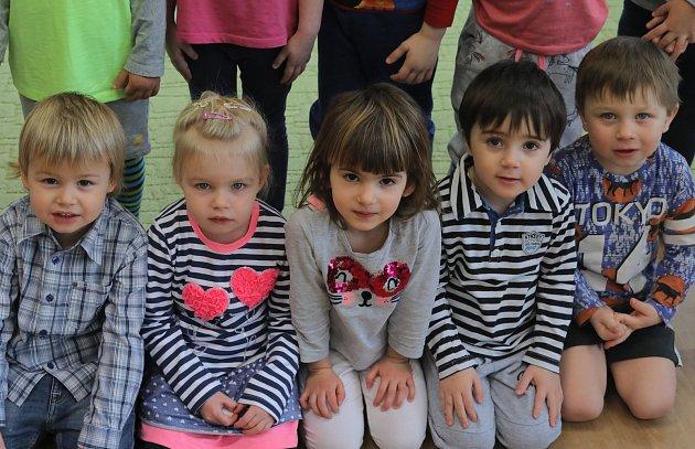 Naši předškoláci - MŠ Nad Palatou - 1.třída, učitelka a ředitelka školy Bc. Pavla Vocelková.