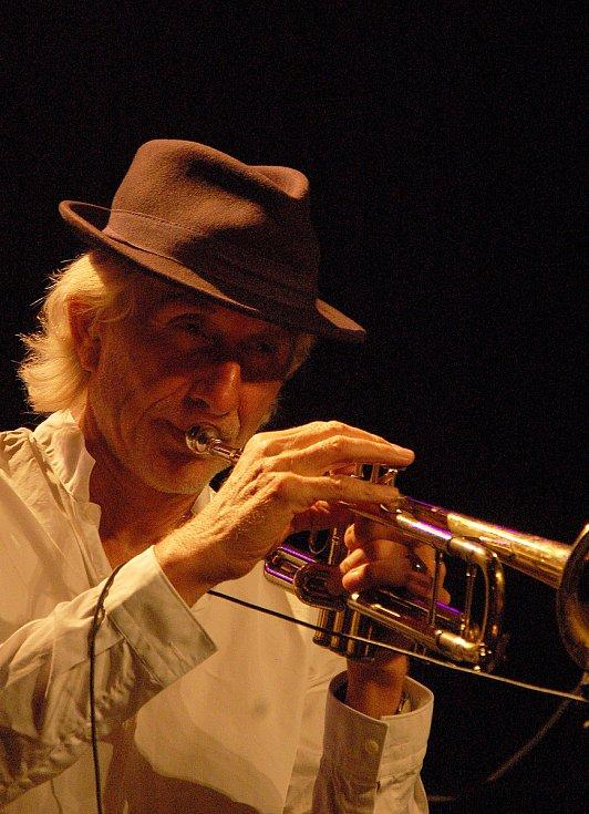 Přední jazzový trumpetista Erik Truffaz vystoupil 27. a 28. září 2019 na dvou koncertech v Praze.