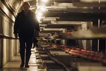 ENERGIE PRO SMÍCHOV. Tunel kabelovodu je tři metry vysoký a 2,5 metrů široký. Město přišel na půl miliardy.