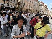 Turisté v Praze. Ilustrační foto.