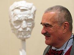 Zahájení výstavy výsledků soutěže sochařský portrét Václava Havla.