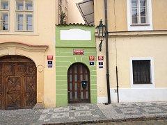 V nejmenším domě v Praze se 40 let provozoval nevěstinec