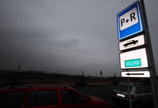 Parkoviště P+R. Ilustrační foto.