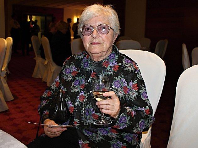 """""""Ještě nikdy vživotě jsem neměla možnost být vtak krásném a příjemném prostředí,"""" řekla oakci Trochu jiná večeře pětaosmdesátiletá Věra."""