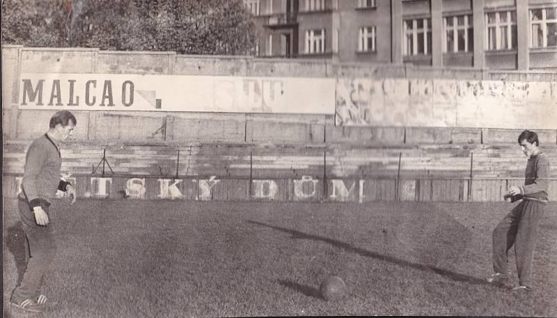 Antonín Panenka s trenérem Pluskalem.