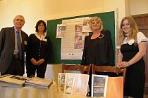 NA KONFERENCI Školou bez překážek se včera do Břevnovského kláštera sjeli zkušení odborníci z oblasti vzdělávání žáků se specifickými poruchami učení a chování.