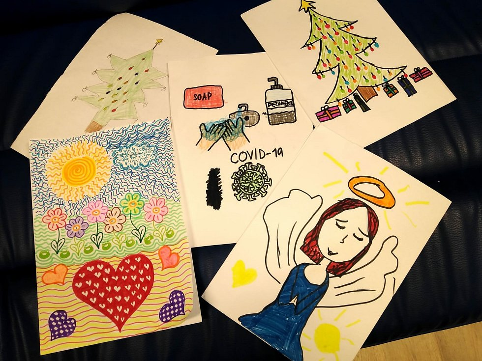 Michaela je nadanou malířkou a vášnivou čtenářkou. Bydlí s rodiči na ubytovně, je jedináček. foto: KC Motýlek