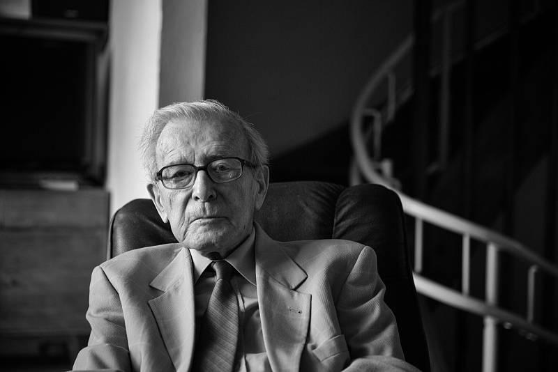 Profesor Pavel Oliva v roce 2017.