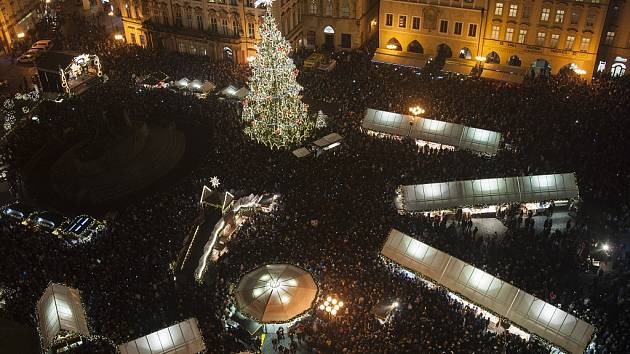 Vánoční trhy na Staroměstském náměstí.