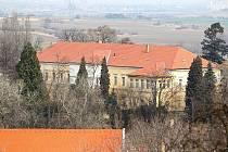 Objekty v obci Panenské Břežany u Prahy kde za okupace pobýval říšský protektor Reinhard Heydrich.
