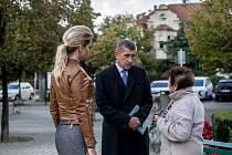 Andrej Babiš volil v krajských a senátních volbách v Průhonicích