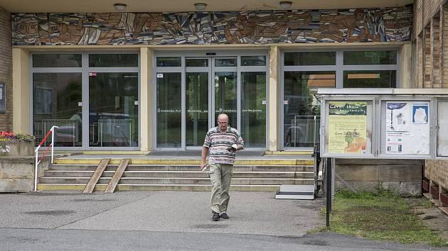 Poliklinika Pod Marjánkou.