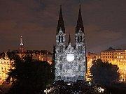 Signál festival – videomapping a Kostel svaté Ludmily.