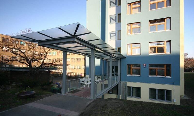 Městská nemocnice následné péče (MNNP) ve Vysočanech.